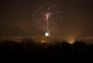 fireworks-1212132_640