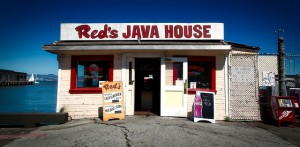 reds-java-house-1591357_640